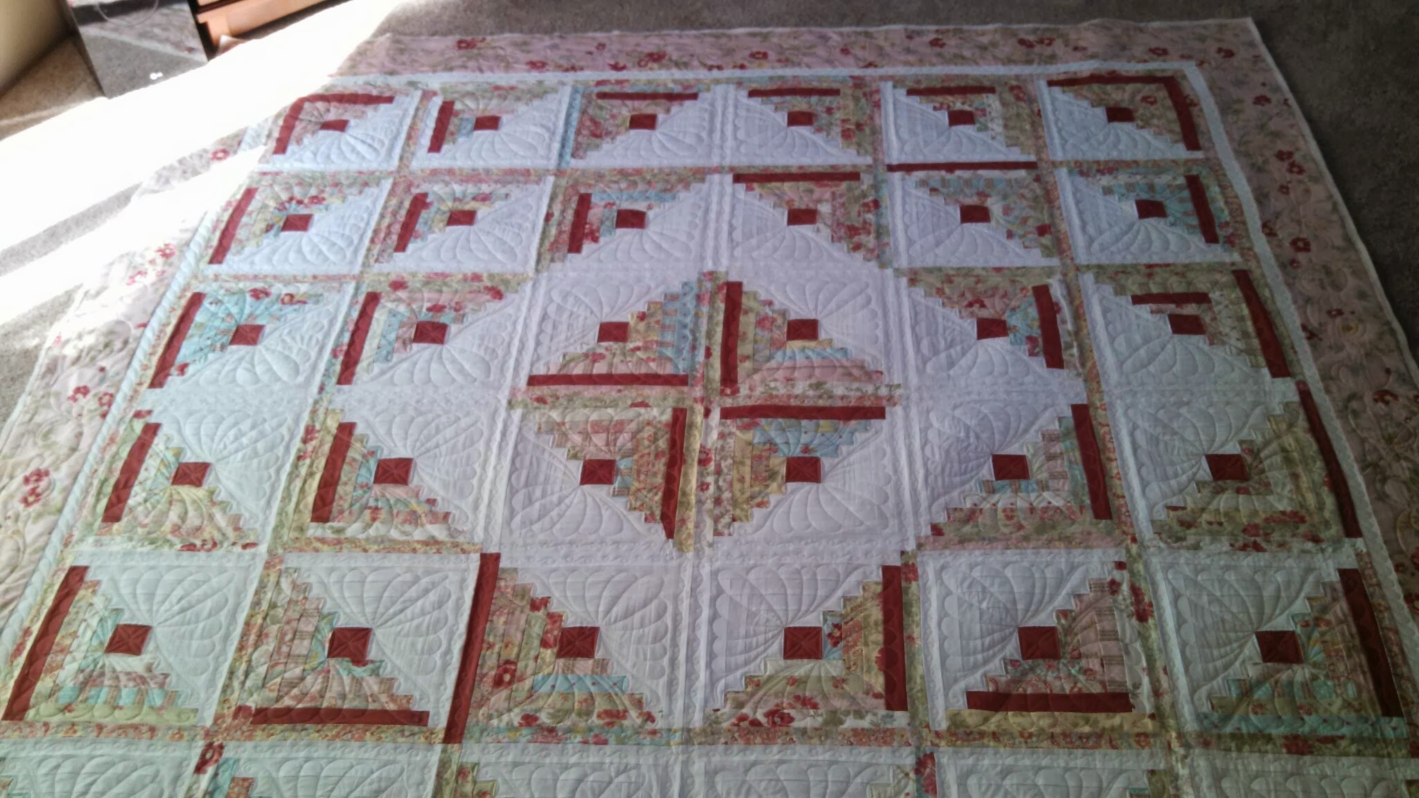 Pretty Pink Log Cabin Custom Quilts Of Joy